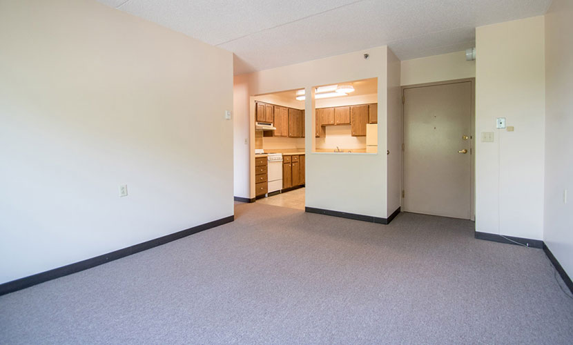 Apartments in Waterloo, IA | Cedar River Tower Apartments in