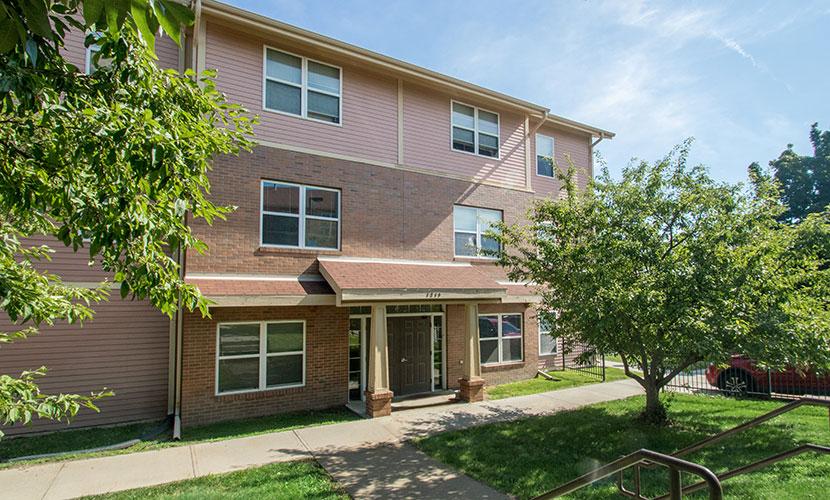 Apartments in Omaha, NE | Kellom Gardens Apartments in Omaha, NE