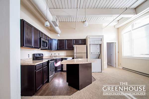 SELDIN WELCOMES GREENHOUSE APARTMENTS